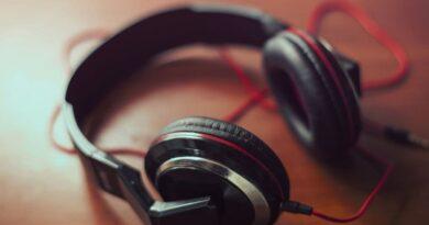 Best PlayStation Wireless Headset With Surround Sound